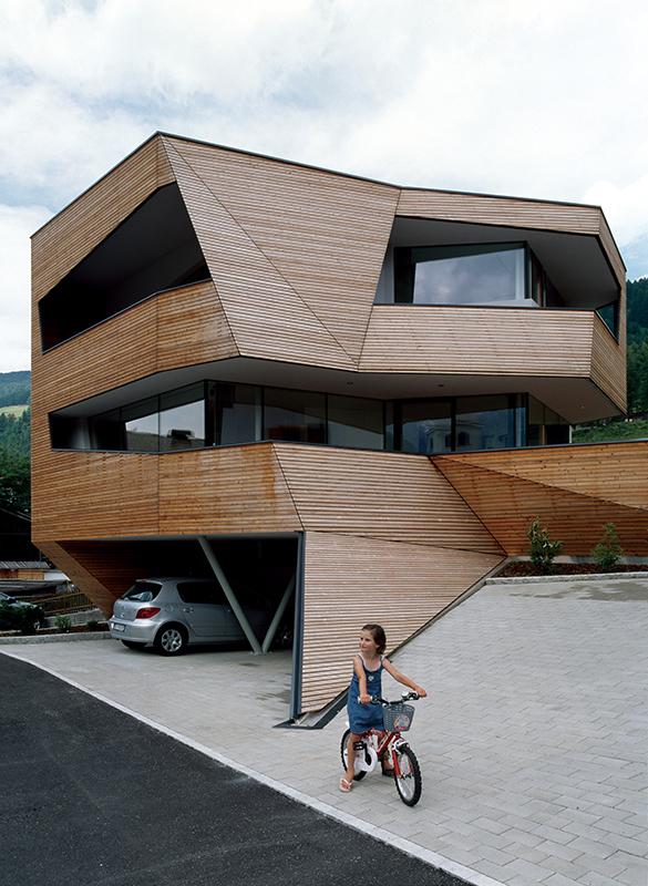 Plasma Studio cube house 4 Plasma Studio   Cube House